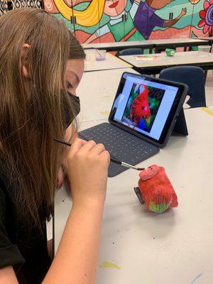Berlin Intermediate Students Create Pinch Pots