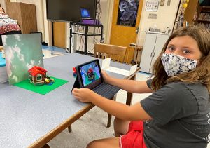 Steam Class Student Makes Stop Motion Movie