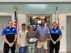 OC Surf Club Presents Dunkin Gift Cards To OCPD