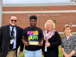 Snow Hill Student Jakhi Blunt Receives Republican Women's Future Success Award