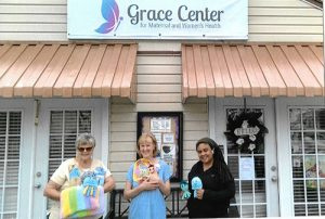 "Baltimore-Based ""Knifty Knitters"" Donate Crocheted Goods The Grace Center"