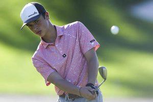 Worcester Freshman Wins Regional Golf Event
